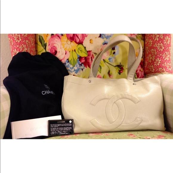 CHANEL Handbags - Chanel Off White Caviar Leather Tote Bag Purse